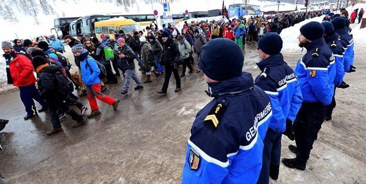 گزارش عفو بین الملل از ارعاب داوطلبان یاری رسانی به پناهجویان در فرانسه